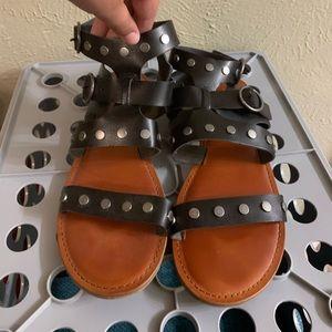 Black leather American Eagle sandals